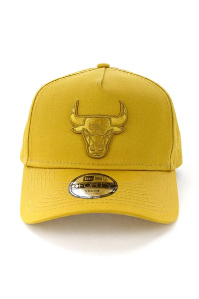 New Era Youth Chicago Bulls 9FORTY A-Frame Strapback Gold