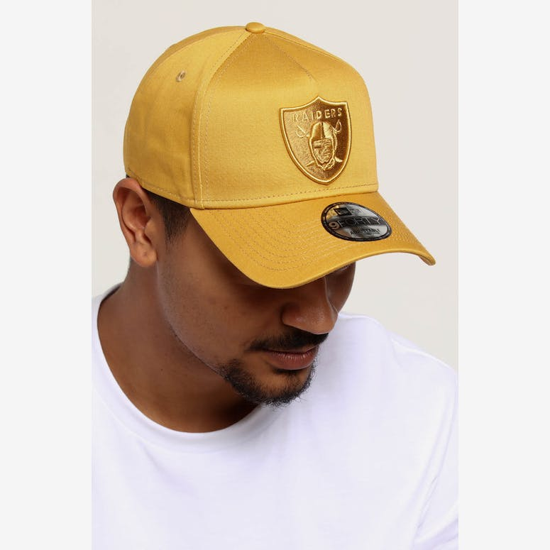 d295bb2a948 NEW ERA RAIDERS 9FORTY A-FRAME SNAPBACK GOLD – Culture Kings