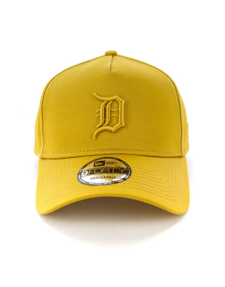 watch 02a82 cce90 NEW ERA DETROIT TIGERS 9FORTY A-FRAME SNAPBACK GOLD