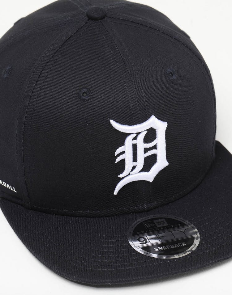 save off 0a9ab b4b1a New Era Detroit Tigers 9FIFTY Side Hit Snapback Navy