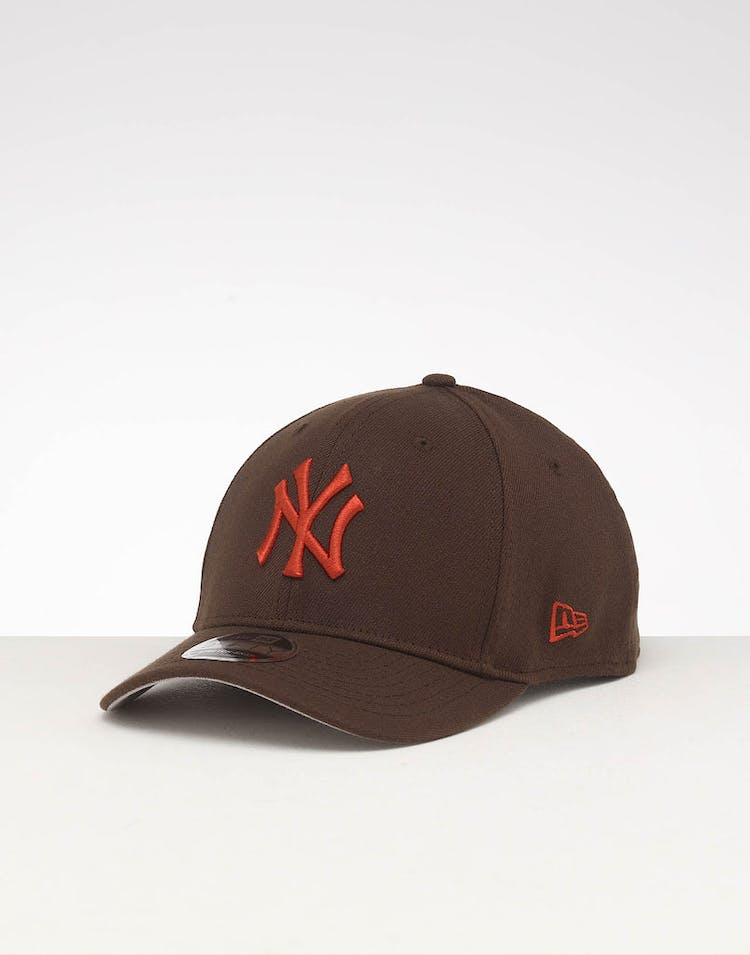 195a1240 New Era New York Yankees 9FIFTY Stretch Snapback Walnut