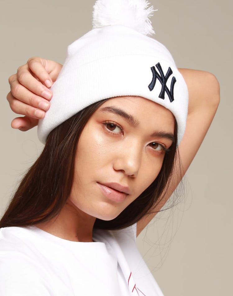 2c65e30dafaa4 New Era Women s New York Yankees 6Dart Pom Knit White Navy – Culture Kings