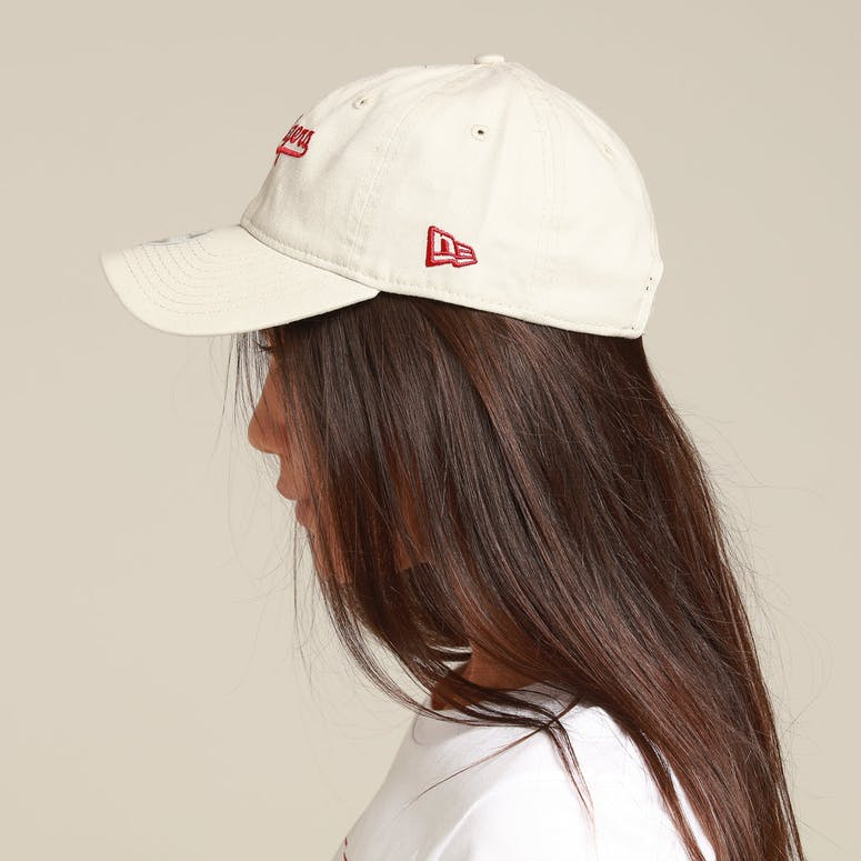 New Era Women's Los Angeles Dodgers 9TWENTY Strapback Stone/Red