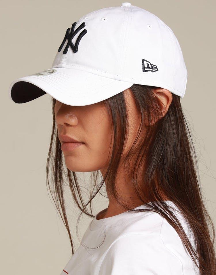 65d56f8f866a6 New Era Women s New York Yankees 9TWENTY Strapback White Navy – Culture  Kings