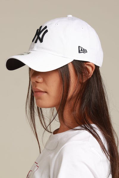 New Era Women's New York Yankees 9TWENTY Strapback White/Navy