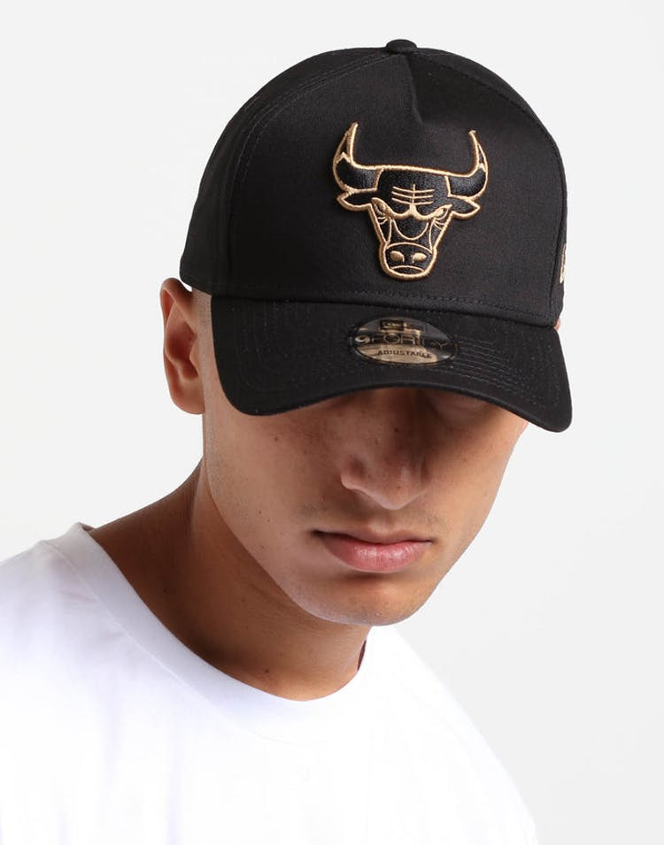 38aa4bf5a089ac New Era Chicago Bulls 9FORTY A-Frame Snapback Black Wheat – Culture Kings