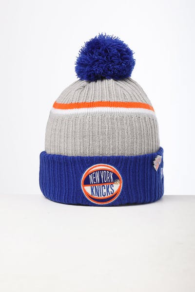New Era New York Knicks Knit NBA Draft Beanie Dark Blue/OTC
