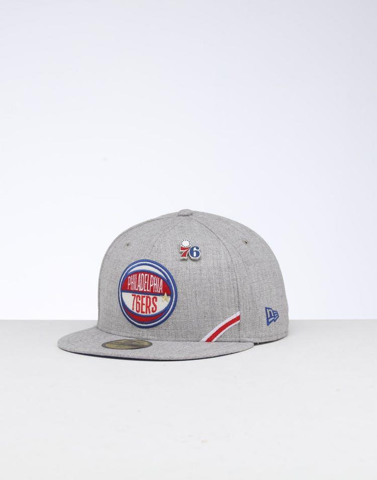 huge discount de385 93f30 New Era Philadelphia 76ers 59FIFTY NBA Draft Fitted Dark Blue OTC – Culture  Kings