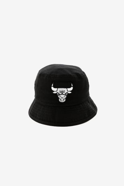 f3bfd69dea8 New Era Infant Chicago Bulls Bucket Hat Black White