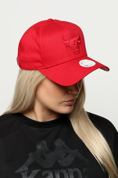 392ab9c5af2 New Era Women s Chicago Bulls 9FORTY A-Frame Strapback Scarlet  Red Check