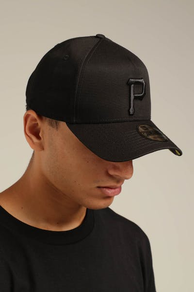 New Era Pittsburgh Pirates 9FORTY A-Frame Snapback Black/Yellow Tartan