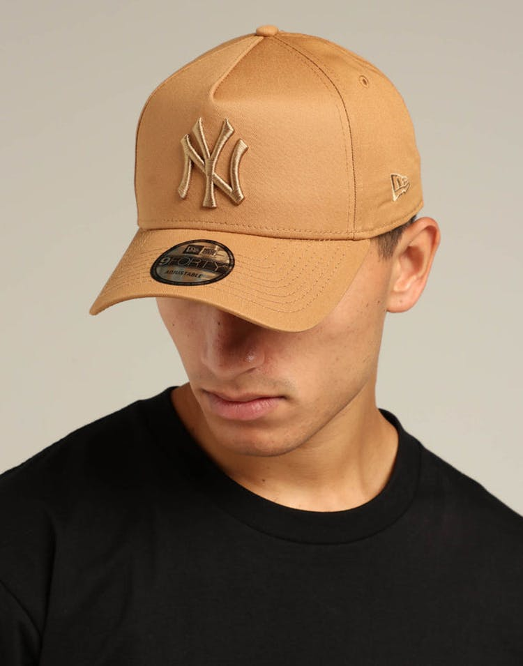 6a9430a664fd82 New Era New York Yankees 9FORTY A-Frame Snapback Wheat/Brown Check –  Culture Kings