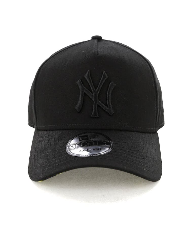 eb7592c6 New Era New York Yankees 9FORTY A-Frame Snapback Black/Yellow Tartan ...