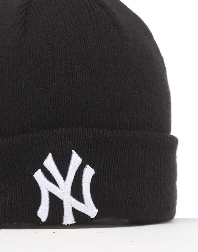 info for b02a2 fdaad New Era Infant New York Yankees 6 Dart Cuff Beanie Black White
