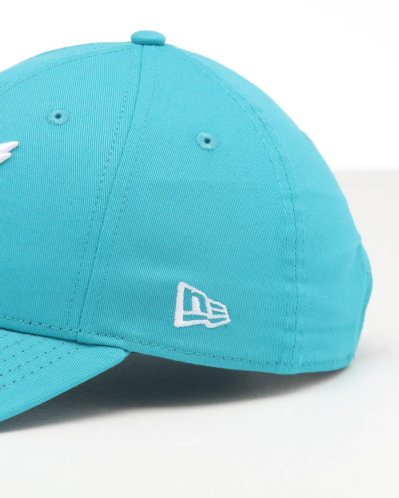 New Era Charlotte Hornets 9FORTY POP Cloth Strapback Teal