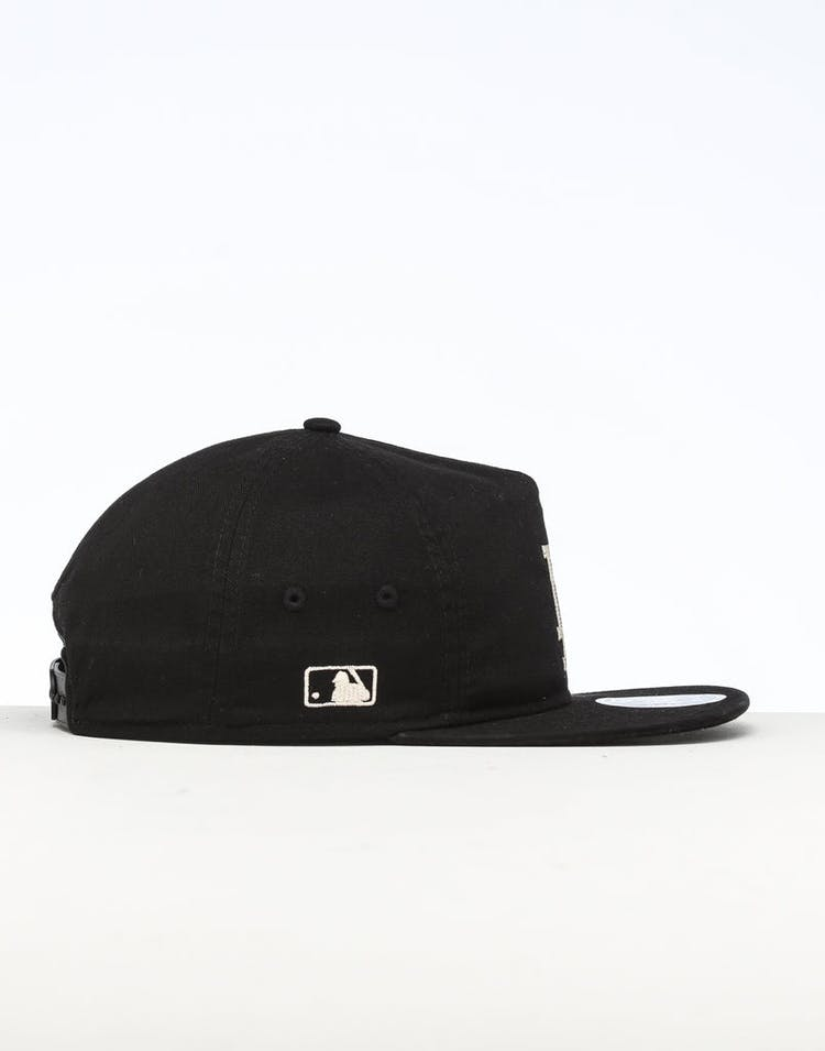 low price b4277 d031e New Era Los Angeles Dodgers The Old Golfer Chainstitch Snapback Black Ivory