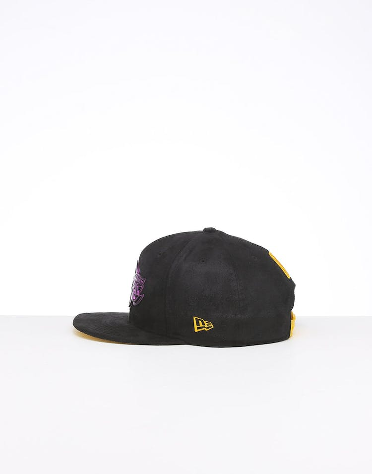 c1841a899 New Era Los Angeles Lakers 9FIFTY Suede Metal Badge Snapback Black/OTC