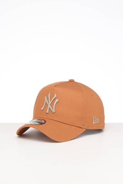 NEW ERA NEW YORK YANKEES 9FORTY A-FRAME SEASONAL SNAPBACK CARAMEL/STONE