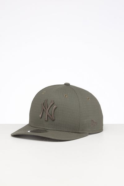 New Era New York Yankees 9FIFTY Precurved Rips Trucker Snapback Olive