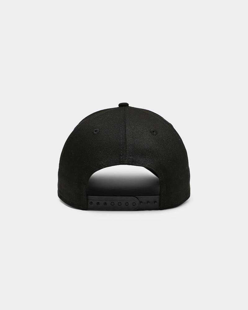New Era Toronto Raptors 9FORTY A-Frame Metal Badge Snapback Black/Black