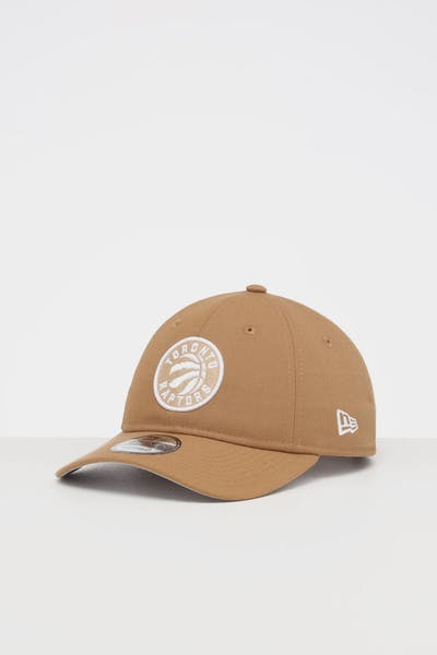 NEW ERA TORONTO RAPTORS 9TWENTY STRAPBACK WHEAT/WHITE