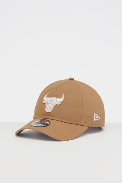NEW ERA CHICAGO BULLS 9TWENTY STRAPBACK WHEAT/WHITE