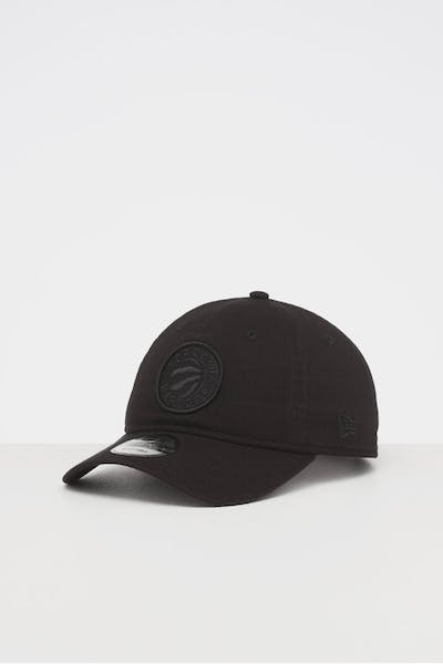 NEW ERA TORONTO RAPTORS 9TWENTY STRAPBACK BLACK/BLACK
