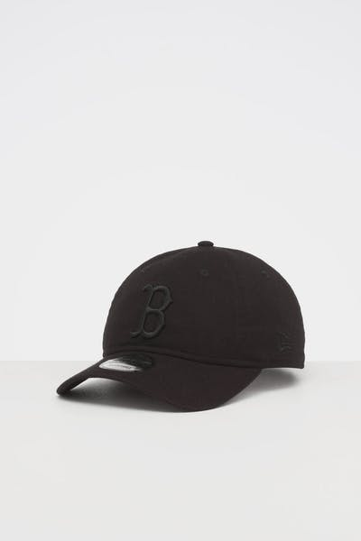 NEW ERA BOSTON RED SOX 9TWENTY STRAPBACK BLACK/BLACK