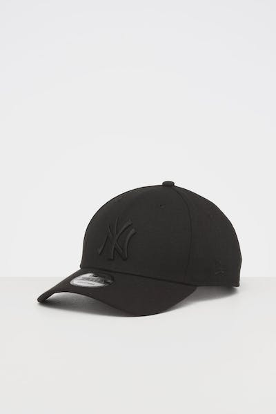 NEW ERA NEW YORK YANKEES 9FORTY SNAPBACK BLACK/BLACK