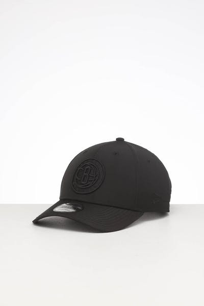 New Era Brooklyn Nets 9FORTY Nylon Snapback Black/Black