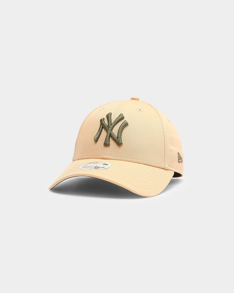 New Era Women's New York Yankees 9FORTY MLB Strapback Mango Mocha