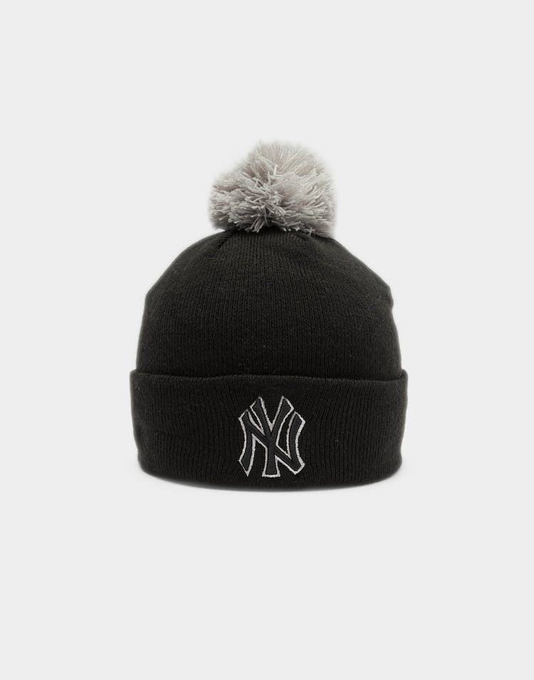 Women's New York Yankees Pom Knit Beanie