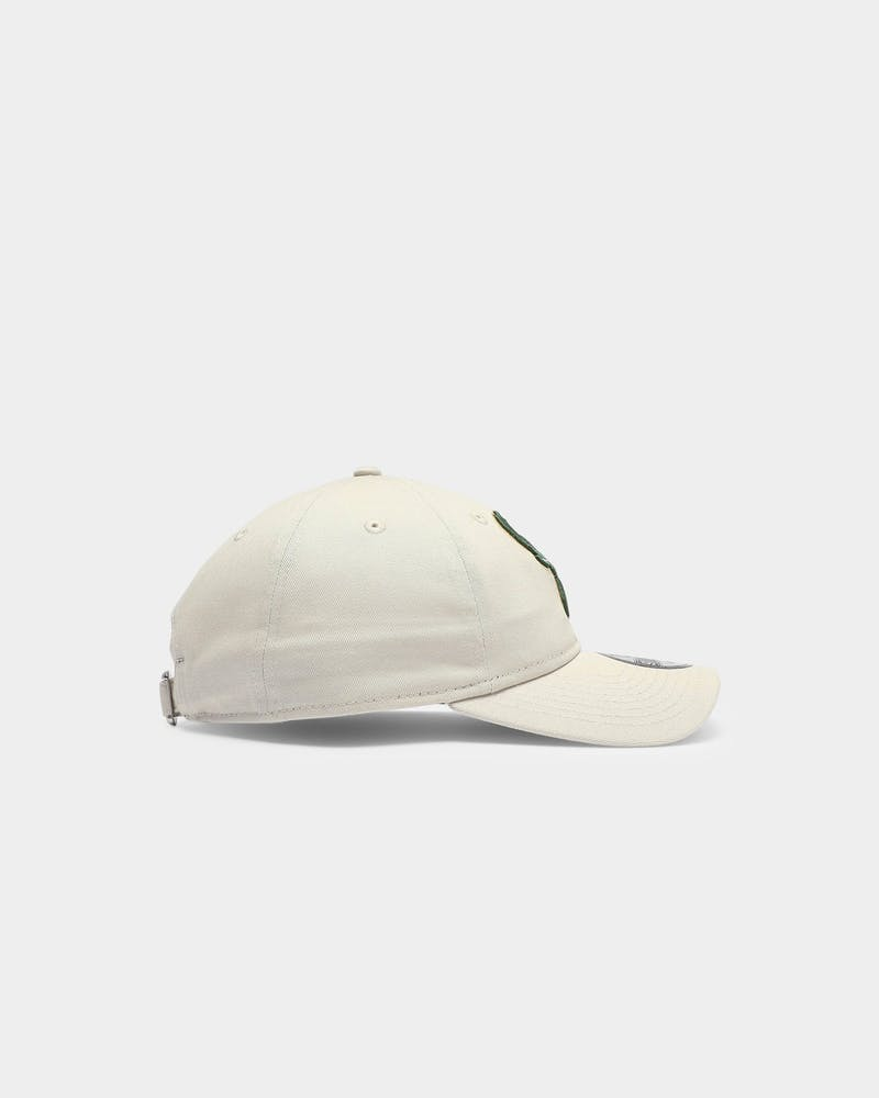 New Era Milwaukee Bucks Classic 9TWENTY Strapback Stone