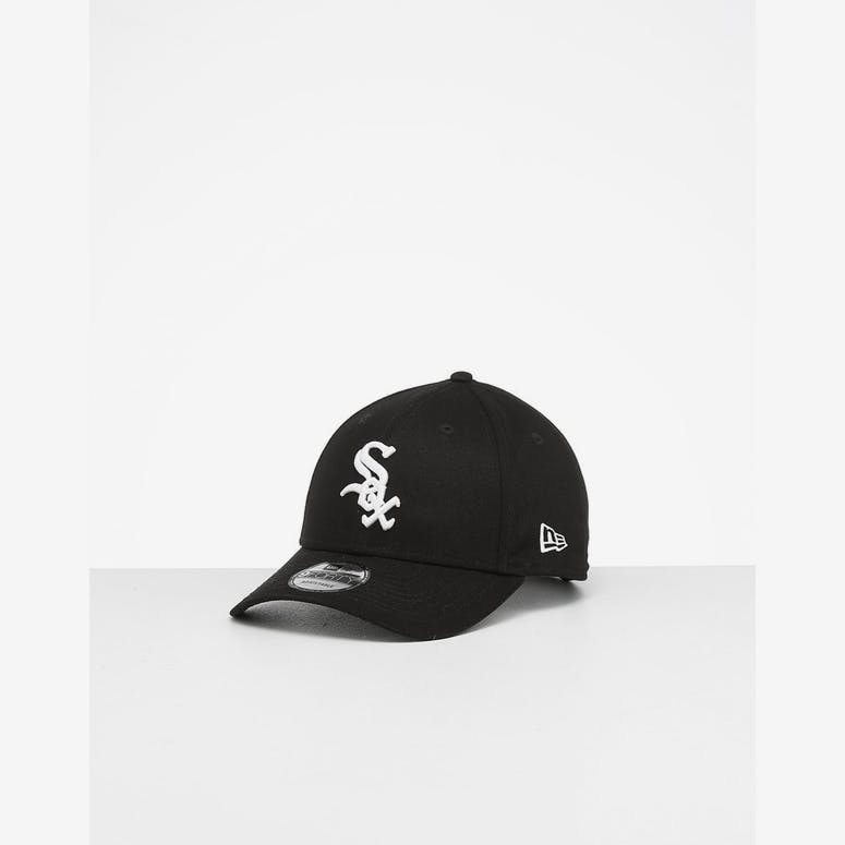 cbdca01f533 New Era White Sox 9FORTY Strapback Black White – Culture Kings