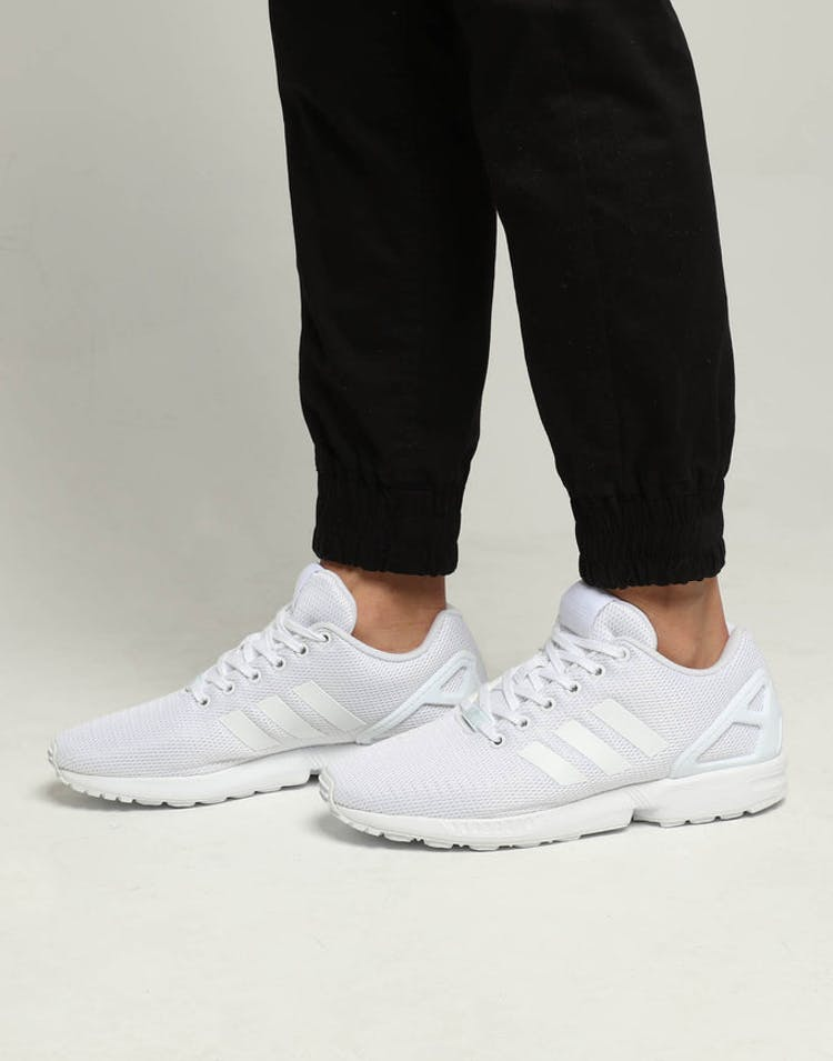 the best attitude be4cb 428ed Adidas ZX Flux White/White/White