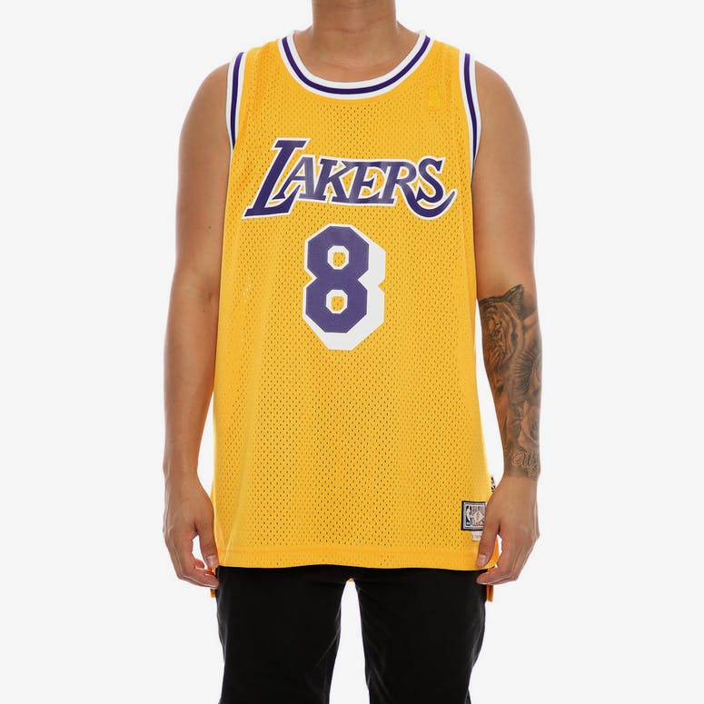 208d17600 Adidas Hardwood Classics Retired Jersey Los Angeles Lakers Kobe Bryant –  Culture Kings