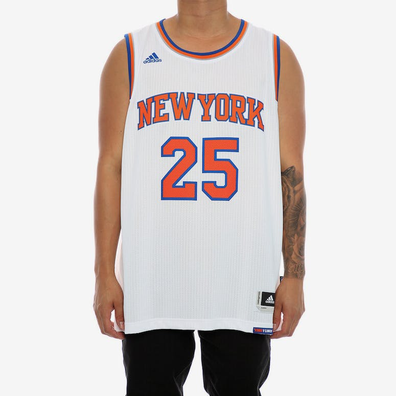 347a911fa Adidas Performance New York Knicks Derrick Rose Swingman Jersey White –  Culture Kings