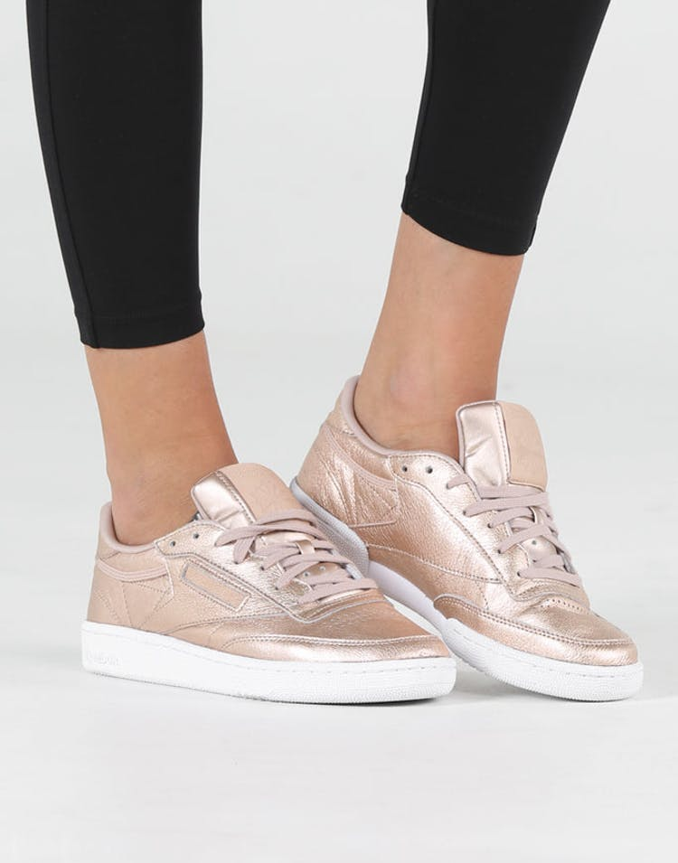 4d9e0218c55 Reebok Women s Club C 85 Melted Metal Metallic Peach White