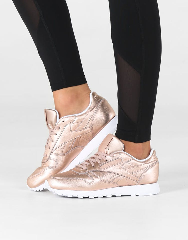 e46a8f27ebd Reebok Women s CL Leather Melted Metal Metallic Peach White