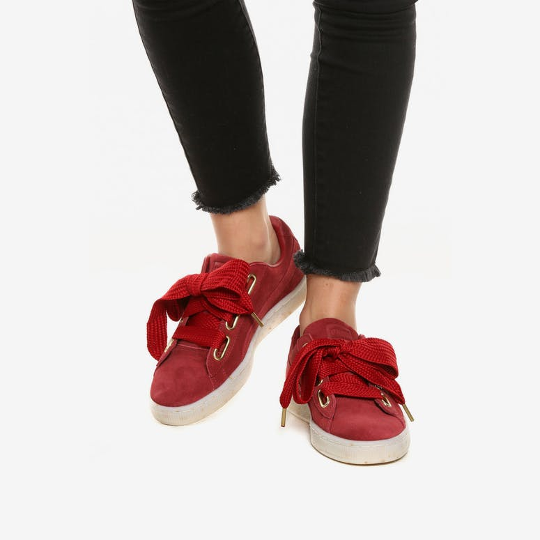 a9605af3767fc7 Puma Women s Suede Heart Fabulous Red White