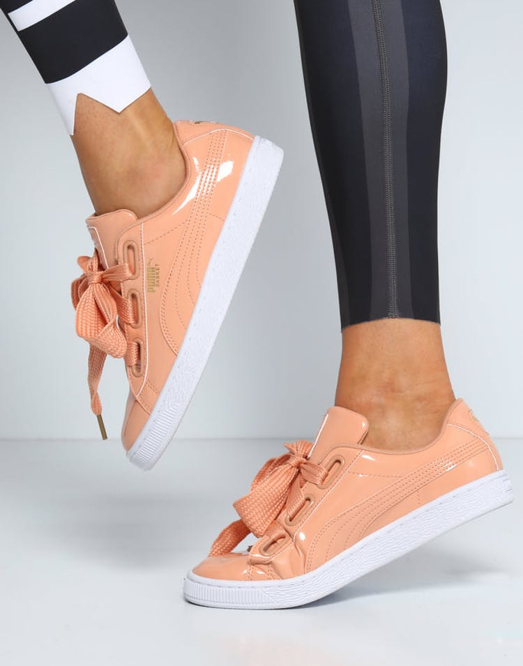 official photos 2724c b1ac1 Puma Women's Basket Heart Patent Peach/White
