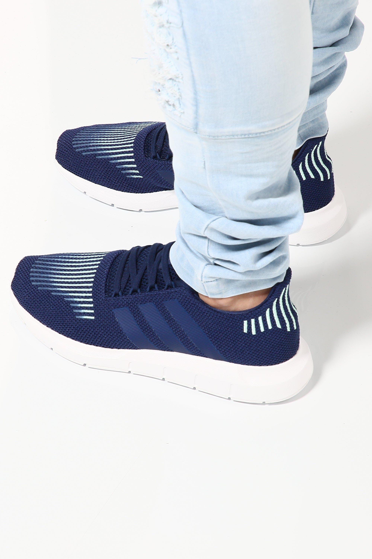 Arte apertura Ordenanza del gobierno  Adidas Originals Swift Run Navy/White | Culture Kings