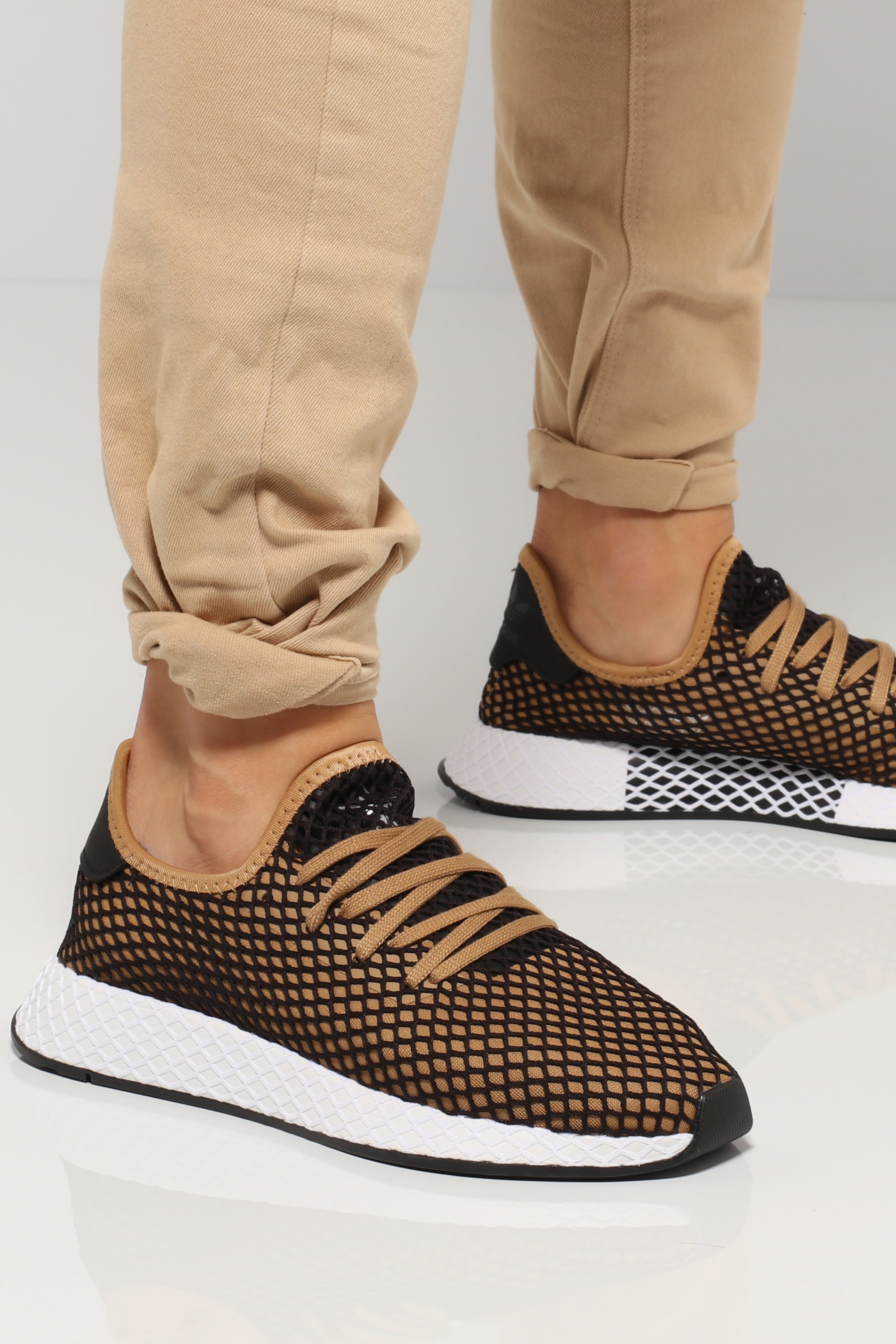 Adidas Deerupt Runner Black/Tan/White