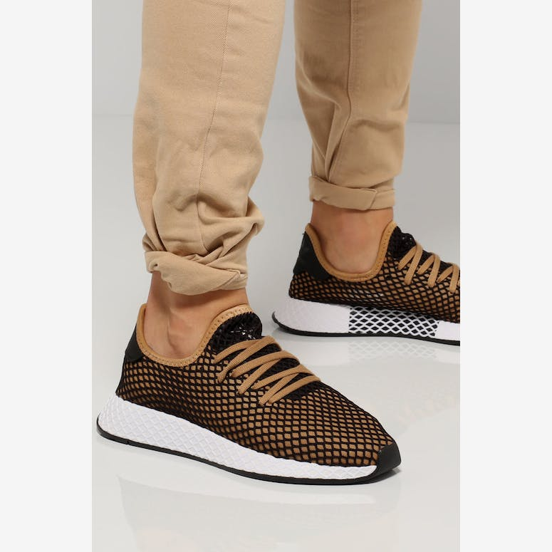 Adidas Deerupt Runner Black Tan Whitem  8651ec604