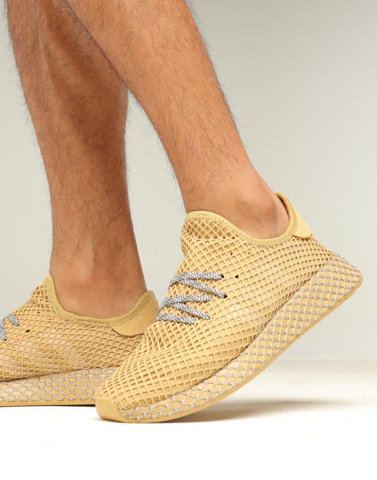27b87b57e Adidas Deerupt Runner Sand Grey – Culture Kings