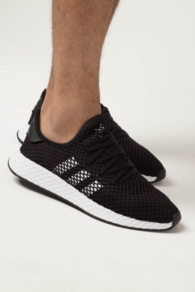 Adidas Deerupt Runner BlackWhiteBlack