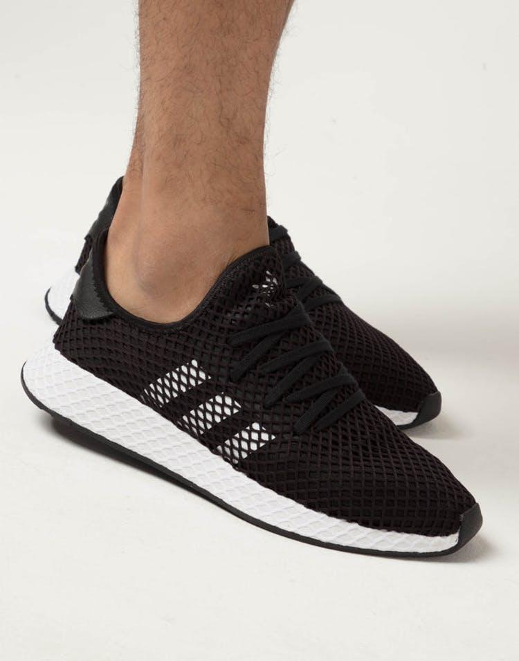 newest cfc23 db3e5 Adidas Deerupt Runner Black/White/Black