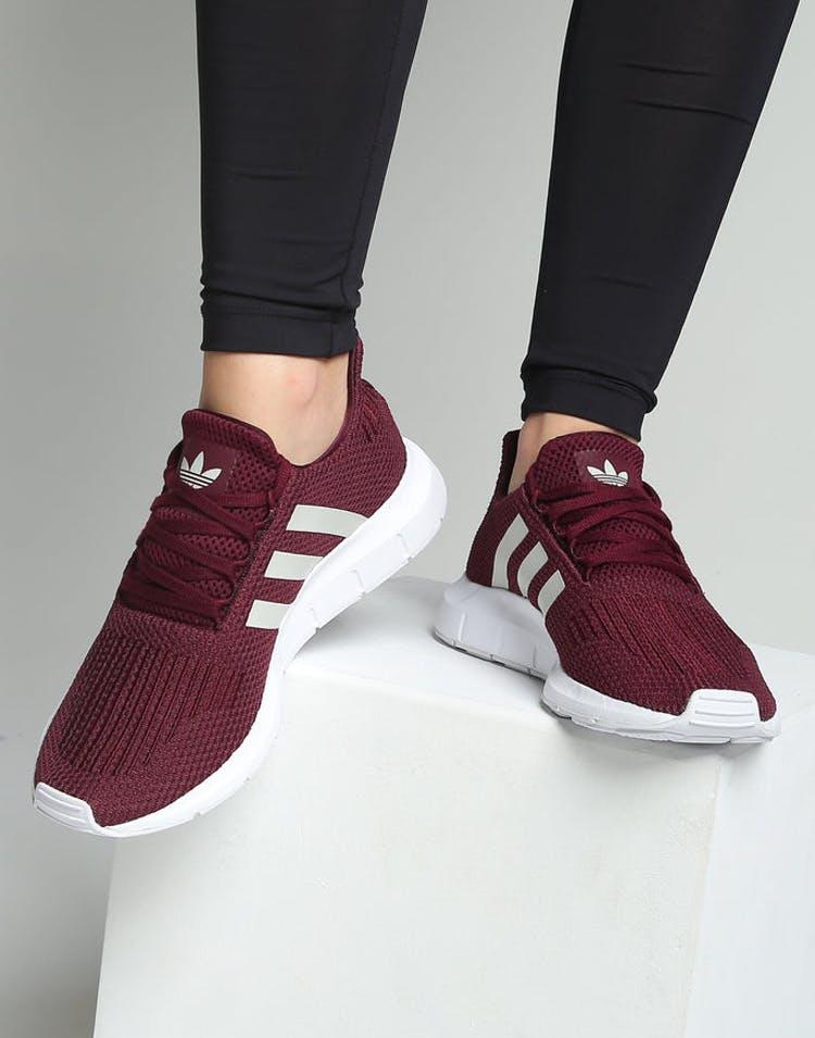 40d8315c5 Adidas Women s Swift Run Maroon White – Culture Kings