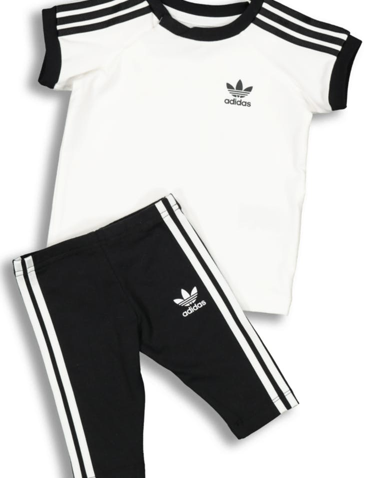 a9e2a816e18 Adidas Kids 3 Stripes Dress White/Black – Culture Kings
