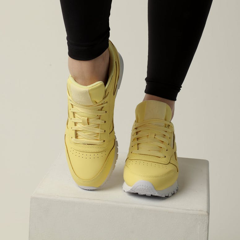 Reebok Women's Classic Leather Yellow/White
